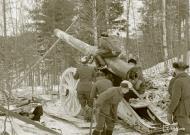Asisbiz Finnish heavy artillery firing on Soviet positions in the Impilahti area Winter War 1st Feb 1940 3925