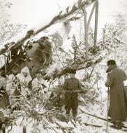 Asisbiz Soviet aircraft shot down at Suistamo Airport Suistamo Winter War 7th Jan 1940 a 435