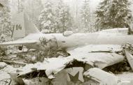 Asisbiz Soviet bomber shot down at DB Lapanpihan Winter War 5th Feb 1940 a 676
