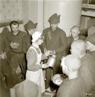 Asisbiz Soviet prisoners of war being cared for at the Parikkala prison camp 1st Dec 1939 2214