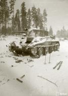 Asisbiz Soviet tank knocked out and later reused by Finnish forces Winter War 10th Feb 1940 8432