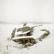 Asisbiz Soviet tank sits abandoned after the fighting around Kollaanjoki Winter War 1st Jan 1940 a 376