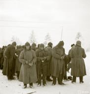 Asisbiz Soviet troops some with frostbite being moved to Jarsta Winter War 29th Jan 1940 a 545