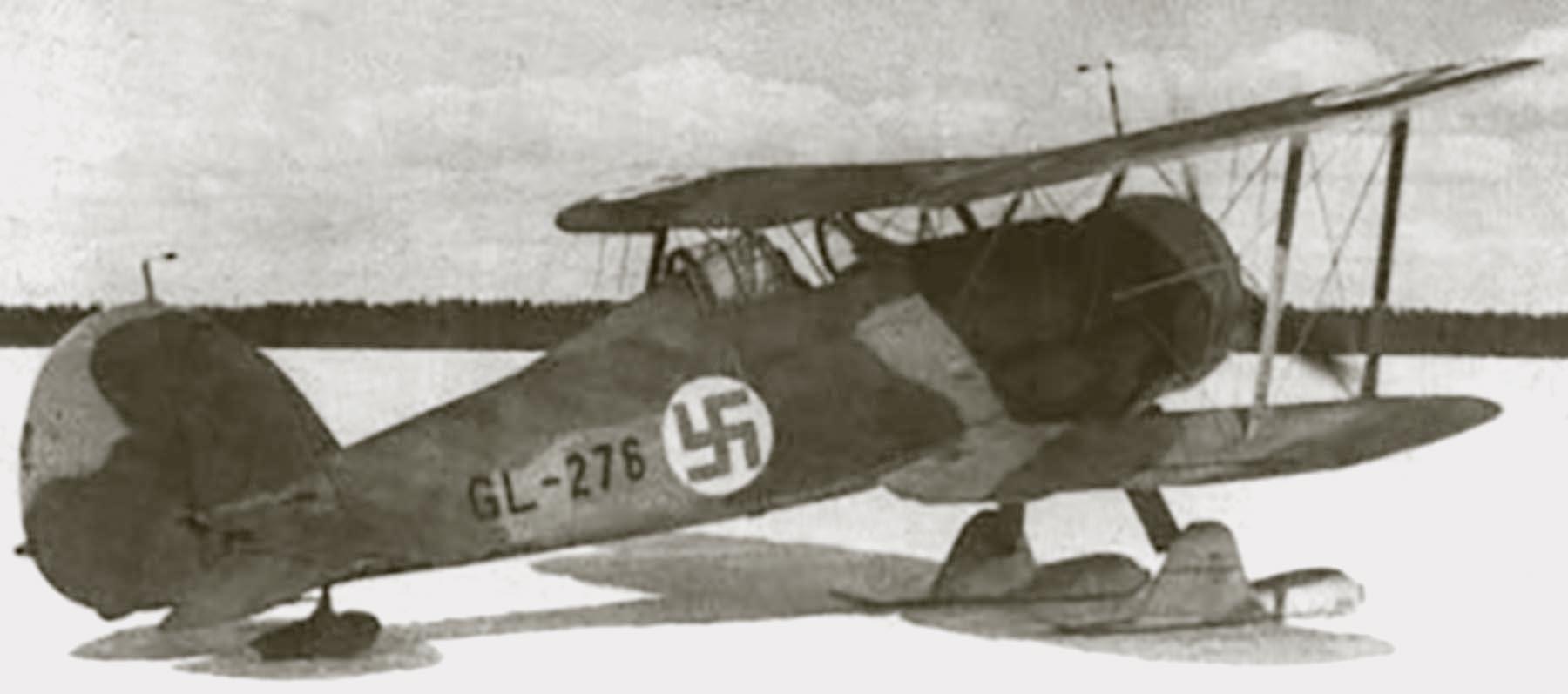 Aircrew FAF ace Lentomestari Tuominen Gloster Gladiator LeLv26 GL255 Finland 1940
