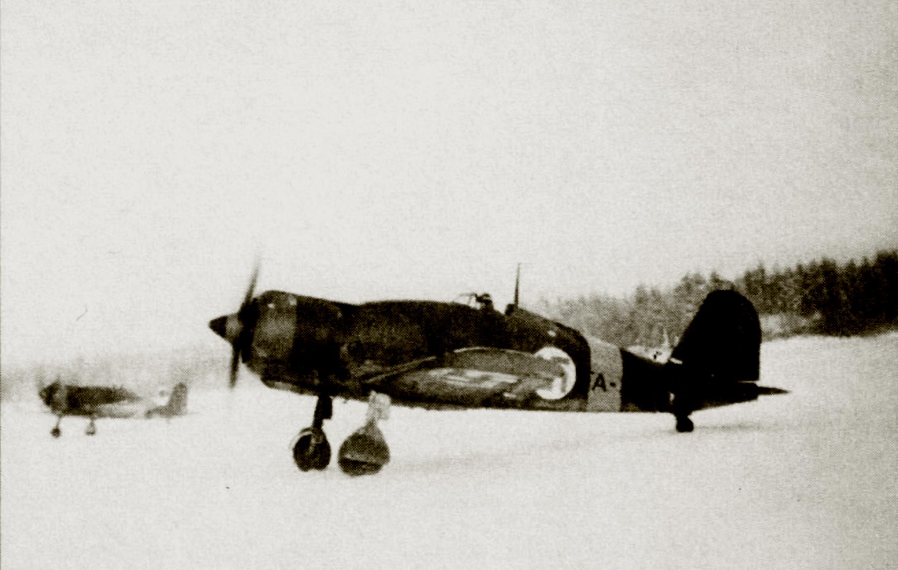 Fiat G50 Freccia FAF 3.LeLv26 FA25 MM3614 Olli Puhakka MM3614 and FA15 Kilpasilta Dec 1942 Revi 29 P20