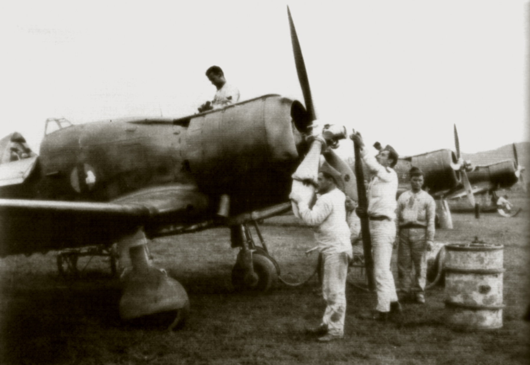 Fiat G50 Freccia RA 24 Gruppo being at Tirana AF 1941 01