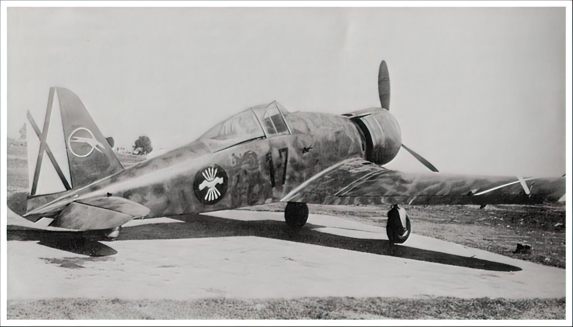 Fiat G50 Freccia Aviacion Nacional 27 Gruppo de Caza 7 MM3582 Sevilla Tablada Spain Jun 1939 01