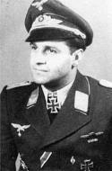 Asisbiz Aircrew Luftwaffe pilot Franz Schall 01