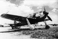 Asisbiz Focke Wulf Fw 190A8 White 40 abandoned Lechfeld June 1945 01