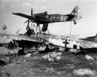 Asisbiz Junkers Ju 88G Mistel with Fw 190A7 white 97 WNr (2)39635 Merseburg 1945 01