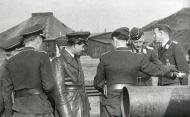 Asisbiz Aircrew General der Jagdflieger Adolf Galland inspects Ekdo 25 Achmer 1943 05