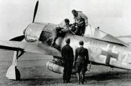 Asisbiz Focke Wulf Fw 190A6 General der Jagdflieger white 2 Adolf Galland 1943 01