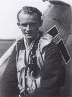 Asisbiz Aircrew Luftwaffe pilot 10.JG1 Johannes Rathenow Bergen op Zoom Holland July 1942 01
