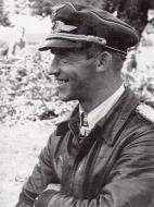 Asisbiz Aircrew Luftwaffe pilot 5.JG77 Anton Hackl 02