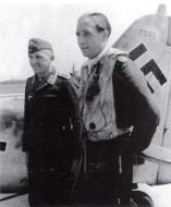 Asisbiz Focke Wulf Fw 190A 5.JG26 Wilhelm Ferdinand Galland WNr 7092 Abbeville France Jun 1942 01
