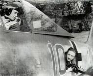 Asisbiz Focke Wulf Fw 190A8 4.JG26 Blue 10 Wolfgang Rose France early 1944 01