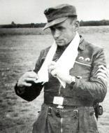 Asisbiz Aircrew Luftwaffe pilot 11.(Sturm)JG3 Willi Unger 1944 01