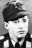 Asisbiz Aircrew Luftwaffe pilot Leutnant Hans Weik staffelkapitan 10.(Sturm)JG3 02