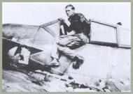 Asisbiz Focke Wulf Fw 190A8 12.JG3 (Y6+~) Gerhard Leipholz 1944 01