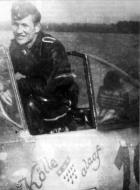 Asisbiz Focke Wulf Fw 190A8 5.JG300 (R19+ ) Edelgard Ernst Schroder Germany 1944 03