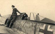 Asisbiz Focke Wulf Fw 190A8 5.JG300 Red 1 Klaus Bretschneider Rauhbautz VII 1944 02