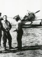 Asisbiz Focke Wulf Fw 190A8 5.JG300 Red 1 Klaus Bretschneider Staffelkapitan 1944 01