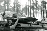 Asisbiz Focke Wulf Fw 190A8 5.JG300 Red 1 Klaus Bretschneider WNr 682204 Lobnitz 1944 01