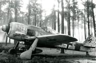 Asisbiz Focke Wulf Fw 190A8 5.JG300 Red 1 Klaus Bretschneider WNr 682204 Lobnitz 1944 02