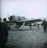 Asisbiz Focke Wulf Fw 190A8 5.JG300 Red 2 Norbert Graziadei Germany 1944 01