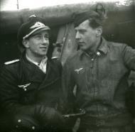 Asisbiz Focke Wulf Fw 190A8 5.JG300 Red 2 Norbert Graziadei right Ossowsky 1944 01