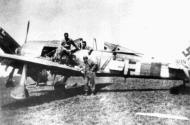 Asisbiz Focke Wulf Fw 190A8 1.JG301 Yellow 17 WNr 380374 Germany 1945 01