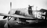 Asisbiz Focke Wulf Fw 190A8 5.JG4 White 16 Franz Schaar WNr 681385 Germany 1944 02