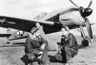 Asisbiz Focke Wulf Fw 190A8 USAAF (L 00) WNr 681497 Germany 1945 01
