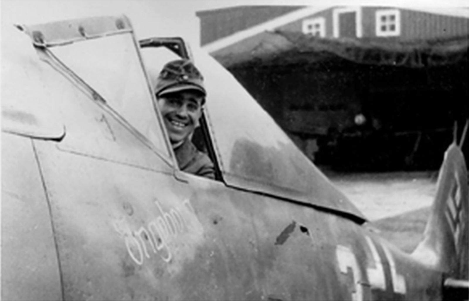 Focke Wulf Fw 190A8 9.JG5 (W3+o) Martin Ullmann Norway 1944 02