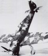 Asisbiz Focke Wulf Fw 190A4 1.JG54 White 4 Krasnogvardiesk Russia 1942 43 03