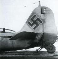 Asisbiz Focke Wulf Fw 190A6 2.JG54 Black 7 Hans Dortenmann WNr 550885 Orscha South AF 1944 02