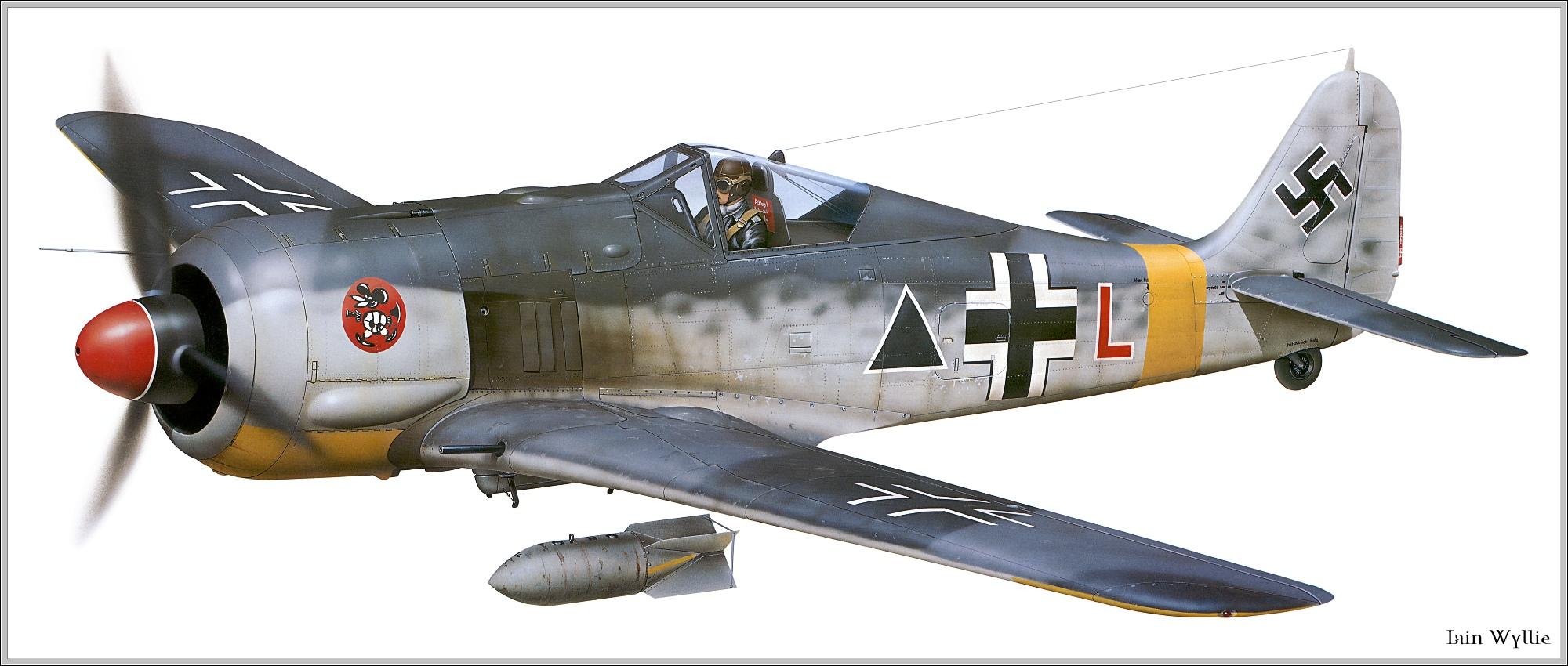 Focke Wulf Fw 190G2 SG1 Red L Deblin Irena Poland 1943 0A