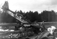 Asisbiz Focke Wulf Fw 190A6 4.SG2 White (2+ ) WNr 550503 scrapped Kitzingen 1945 01