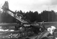 Asisbiz Focke Wulf Fw 190A8 II.SG2 double chevron Kennel Germany 1945 04