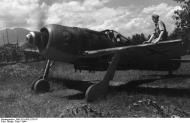 Asisbiz Focke Wulf Fw 190F8 SG4 Bundesarchiv Bild 101I 479 2176 18