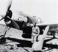 Asisbiz Focke Wulf Fw 190A 5.SKG10 White D Tunisia 1943 01
