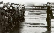 Asisbiz Aircrew Sturmstaffel 1 pilots being addressed by Jagddivision Walter Grabmann 1944 01