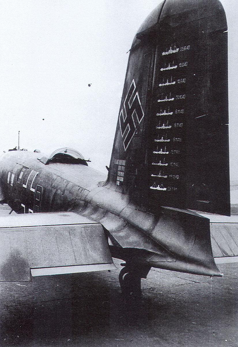 Focke Wulf Fw 200C2 Condor 12.KG40 (F8+BW) Edmund Daser Bordeaux 1940 01