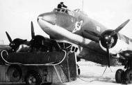 Asisbiz Focke Wulf Fw 200C Condor 1.KG40 being refueled 04