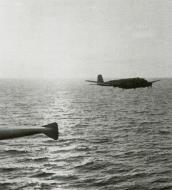 Asisbiz Focke Wulf Fw 200C Condor 1.KG40 on patrol 02