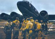 Asisbiz Focke Wulf Fw 200C Condor KG40 crews 01