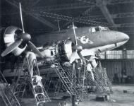 Asisbiz Focke Wulf Fw 200C Condor KG40 engine maintenance 01