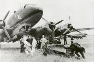 Asisbiz Focke Wulf Fw 200C Condor KG40 loading SC 250 bombs 01