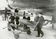 Asisbiz Focke Wulf Fw 200C Condor KG40 loading SC 250 bombs 02