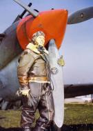 Asisbiz Aircrew Curtiss P 40CU USAAF high altitude flying suit New York 1940 41 01